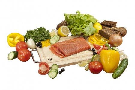 Composition of vegetables and salmon