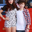 Постер, плакат: Ariel Winter and Nolan Gould