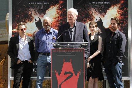 Gary Oldman, Morgan Freeman, Michael Caine, Anne Hathaway and Christian Balуе
