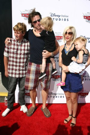 Tori Spelling, Dean McDermott and Family