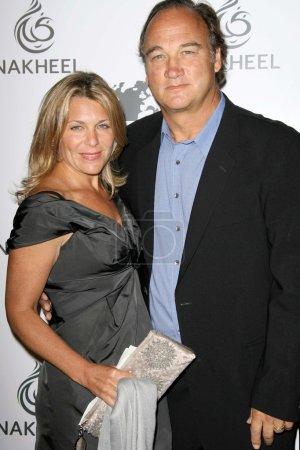 Jennifer Sloan and James Belushi