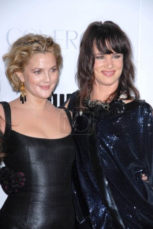 Drew Barrymore and Juliette Lewis