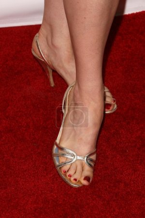 Bellamy Young shoes at the Hot In Hollywood Charit...