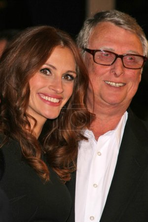 Julia Roberts and Mike Nichols