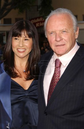 """Photo for Stella Arroyave and Anthony Hopkins at the Los Angeles premiere of """"Fracture"""". Mann Village Theatre, Westwood, CA. 04-11-07 - Royalty Free Image"""
