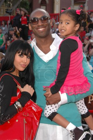 Kobe Bryant with wife and daughter