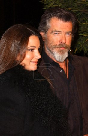 Photo for Keely Shaye Smith and Pierce Brosnan at the premiere of The Matador, Westwood Crest Theatre, Westwood, CA 12-11-05 - Royalty Free Image