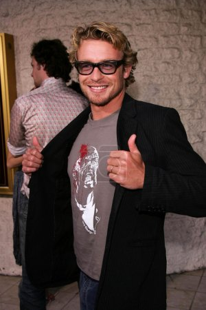 """Photo for Simon Baker at the premiere of Universal's """"Land of the Dead,"""" Mann National Theater, Westwood, CA 06-20-05 - Royalty Free Image"""