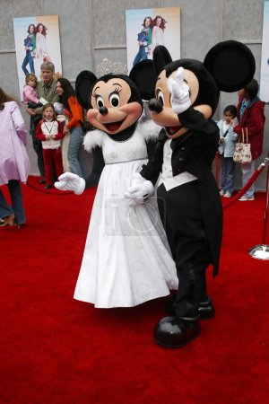 Micky and Minnie Mouse at the World Premiere of Ic...
