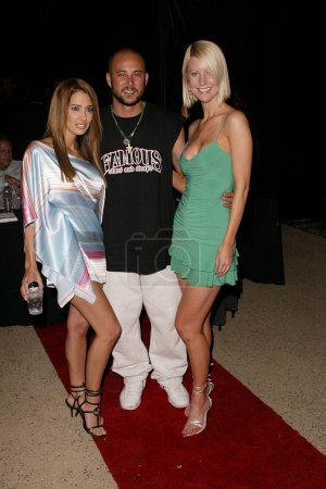 Photo pour Amy Weber, Cris Judd et Linda Rheinsch au défilé Perfect 10 Magazine Hot Lingerie Fashion Show, Perfect 10 Mansion, Beverly Hills, CA 23-04-04 - image libre de droit