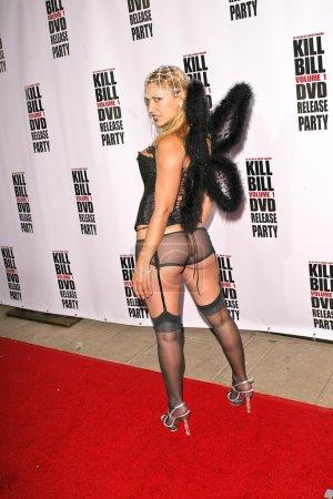 """Photo pour Dita de Leon au """"Kill Bill Vol. 1 """"Sortie vidéo Fête au manoir Playboy, Beverly Hills, CA 04-12-04 - image libre de droit"""