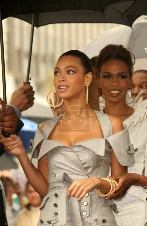 Beyonce Knowles and Michelle Williams