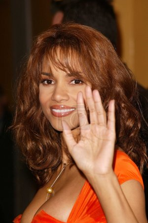 """Photo for Halle Berry at the World Premiere of Warner Bros. """"Gothika"""" at Mann Village Theater, Westwood, CA 11-13-03 - Royalty Free Image"""