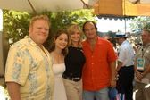 Larry joe campbell, kimberly williams, courtney thorne smith a jim belushi