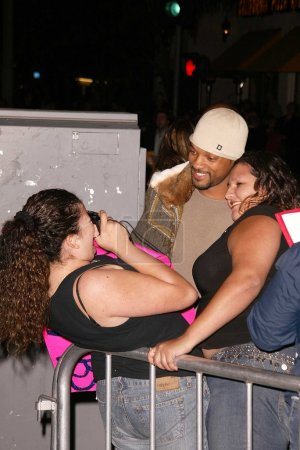 """Photo for Will Smith poses with fans at the World Premiere of Warner Bros. """"Gothika"""" at Mann Village Theater, Westwood, CA 11-13-03 - Royalty Free Image"""