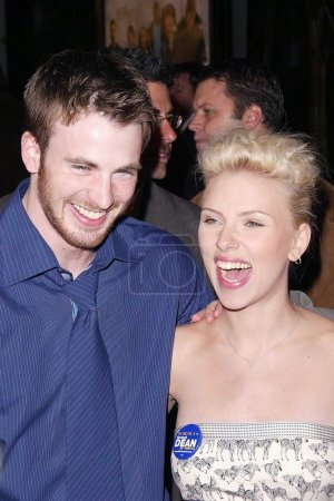 Chris Evans and Scarlett Johansson at the World Pr...