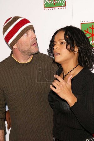Bruce Willis and Victoria Rowell