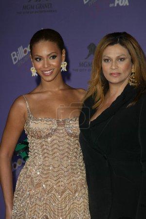 Photo for Beyonce Knowles and mom Tina at the 2003 Billboard Music Awards, MGM Grand Arena, Las Vegas, NV 12-10-03 - Royalty Free Image