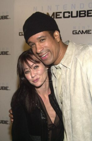 Shannen Doherty and Dorian Gregory