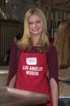 Sara Paxton at the L. A. Mission's Annual Thanksgi...