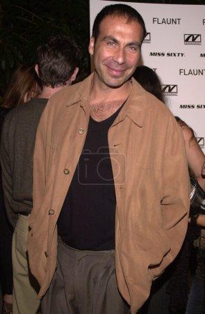Photo pour Taylor Negron à la première de Donnie Darko, Théâtre égyptien, Hollywood, 22-10-01 - image libre de droit