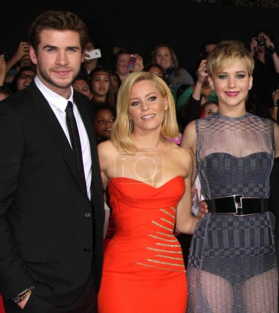 Elizabeth Banks Liam Helmsworth Jennifer