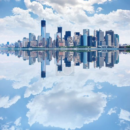 Photo pour Image panoramique de lower manhattan skyline - image libre de droit