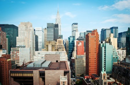Photo pour New york city manhattan skyline vue avec chrysler building - image libre de droit