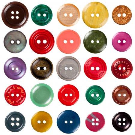 Photo pour Collection de boutons à coudre isolés sur fond blanc. Chacun est tiré séparément - image libre de droit