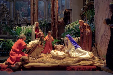 Photo pour Christmas nativity scene with the figurines of Mary, Joseph, Baby Jesus, the Wise Men and animals - image libre de droit