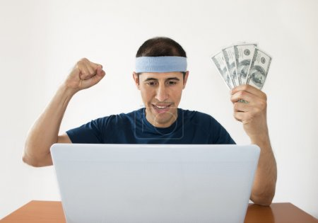 Betting Online winning a lot of dollars