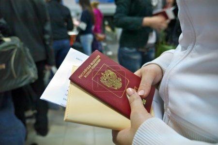 Photo pour Passeport russe - image libre de droit