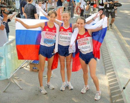 Photo pour Kirdyapkina, kaniskina et sokolova des gagnants de la Russie sur les femmes, 20km marche finale des Championnats d'athlétisme du 20e dans le parc de la ciutadella, le 28 juillet 2010 à Barcelone, Espagne - image libre de droit