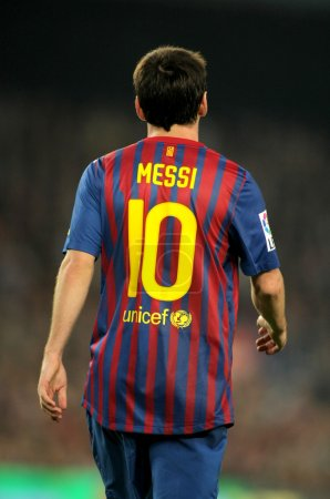 Back of Leo Messi of
