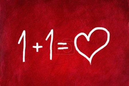 Photo pour Aime concept avec cœur sur fond abstrait rouge. - image libre de droit