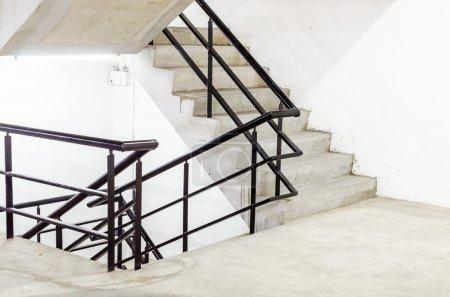 Photo pour Escalier Béton - image libre de droit