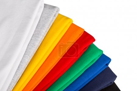 Photo pour Pile de chemises en coton colorfull isolé - image libre de droit