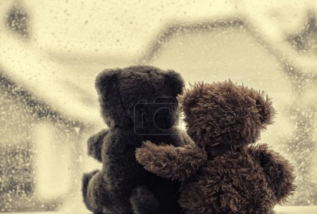 Bears in love's embrace