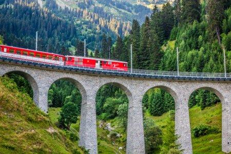 Photo pour Chemins de fer suisses. Suisse. - image libre de droit