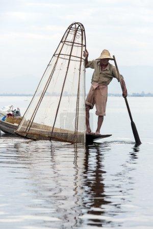 Beinruderer Fischer - inle lake - myanmar