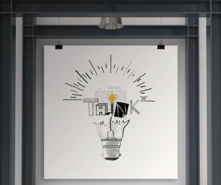 Photo pour Tenant affiche montrer l'ampoule dessinée à la main et la conception de mot de pensée comme concept - image libre de droit