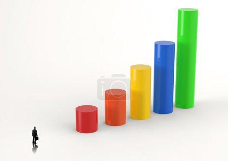 Photo pour Homme d'affaires regardant graphique à barres 3D et la croissance des graphiques comme concept - image libre de droit
