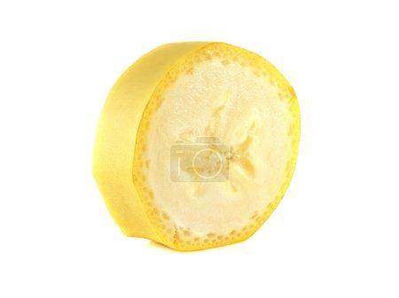 Photo pour Tranche de banane isolé sur fond blanc (mûr). fruits frais en bonne santé avec des vitamines. - image libre de droit