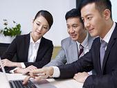 Asiatische Unternehmen