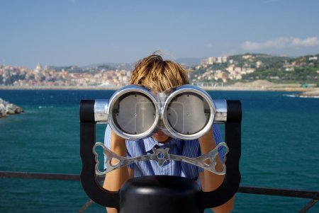 Viewpoint coin binoculars