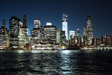 Photo pour La skyline de new york city d'upper manhattan de nuit - image libre de droit