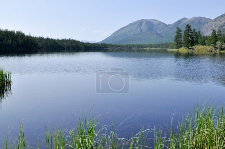 Scenery of the lake and reflections of the mountains