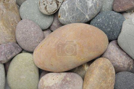 Photo pour Texture naturelle colorée en pierre de galets - image libre de droit