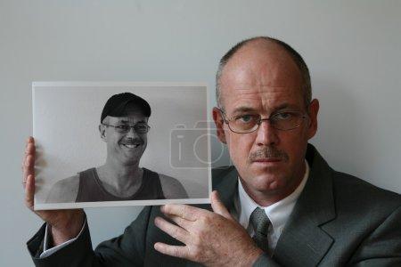 Photo pour Autoportrait dillème - image libre de droit