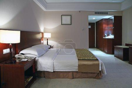 Photo pour Style moderne de la décoration des chambres d'hôtel - image libre de droit